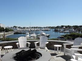 Anchor In Distinctive Waterfront Lodging, Hyannis
