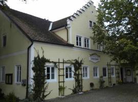 Guest House Schloß Tunzenberg, Mengkofen