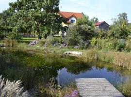 Burgen Landhaus, Gols