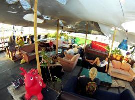 Overstay-TLV Backpackers Hostel, Tel Aviv