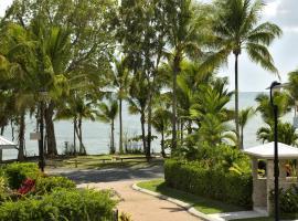 Reeflections Holiday Villas, Clifton Beach