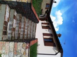 Cottage Canonica, Villa del Monte