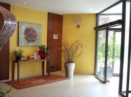 MH Hotel Piacenza Fiera, Pjačenca