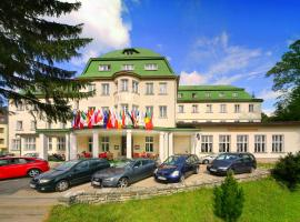 Palace Club