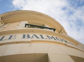 Comfort Hotel Balmoral Dinard, 디나르