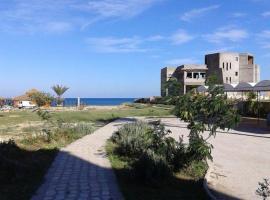 Cosy Apartment Chott Meriem, El Haj Mohammed Zarrouch