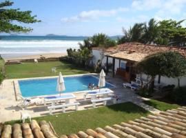 Casa de 6 suítes em frente a praia