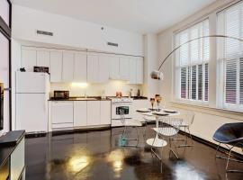 South Carondelet Street Apartment by Stay Alfred, New Orleans