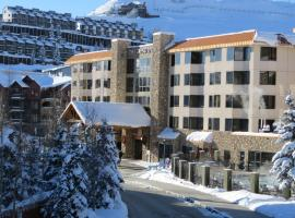 The Grand Lodge by Crested Butte Lodging, Crested Butte