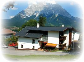 Haus Bergfrieden, 레르모스