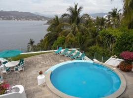 Villa Flor, Manzanillo