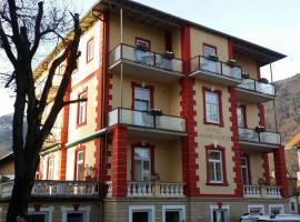 Hotel Almrausch, Bad Rajhenhal