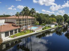 Vista Hotel on Lake Tarpon, Palm Harbor