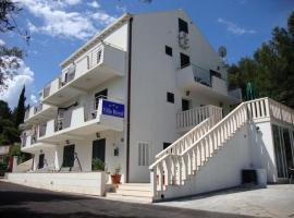 Villa Royal, Cavtatas