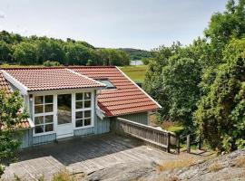 Two-Bedroom Holiday home in Marstrand, Marstrand