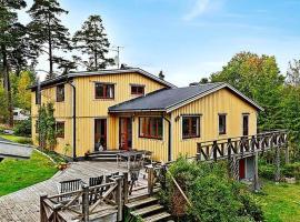 Four-Bedroom Holiday home in Åkersberga, Åkersberga