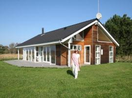 Three-Bedroom Holiday home in Sjællands Odde 2, Yderby