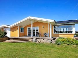 Three-Bedroom Holiday home in Ebberup 1, Helnæs By