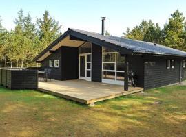 Four-Bedroom Holiday home in Nørre Nebel 8, Lønne Hede