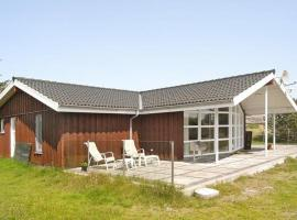 Three-Bedroom Holiday home in Fanø 10, Sønderho