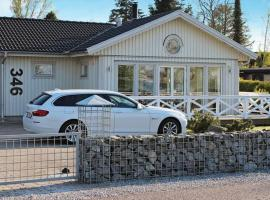 Three-Bedroom Holiday home in Strøby 6, Strøby Ladeplads