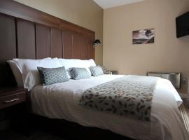 Twin Oaks Hotel, Palterton