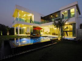 Aria Lake and Golf Villa, Bang Phli
