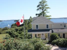 , Mahone Bay