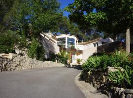 Villa Castelnau Montpellier, Castelnau-le-Lez