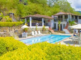 Hotel Campestre Casa del Conde Monterrey, San Gil