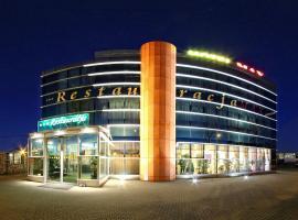 Hotel Max, Luboń