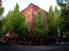 McMenamins Hotel Oregon, McMinnville