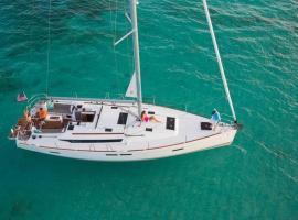 Boat in Trogir (14 metres), Trogir
