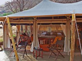 Serengeti Pioneer Camp, Serengeti