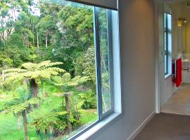 Oratia Bed and Breakfast, Auckland