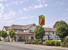 Super 8 Gresham/Portland Area OR, Gresham