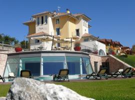 La Quiete Resort, Romeno
