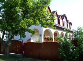 Haus Martha, Balatonudvari