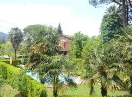 Terrarossa, Lucca
