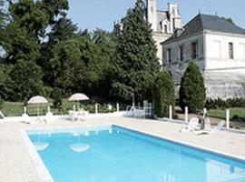 Chambres d'hôtes Château de la Rolandière, Trogues