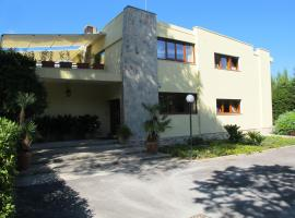 Villa Don Camillo, Carmiano