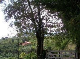 Sítio com vista das montanhas, São Miguel