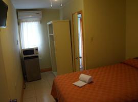 Glimbaro's Guest House, Basseterre