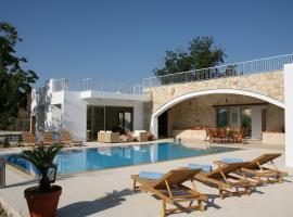 Villa Zoe, Miliou