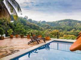 Villa Felipe, Manzanillo