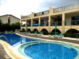 Grove Spa Resort Penthouse apt B28, Mazotos