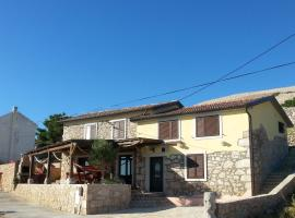 Holiday Home Počitniška hiža, Zubovići