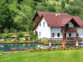 Gallery of Mountains Holiday Home