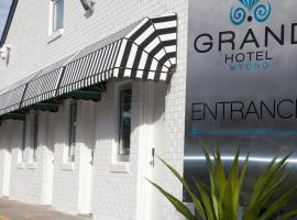 Grand Hotel and Studios, Wyong