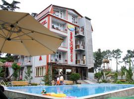 Hotel Exotica, Ureki